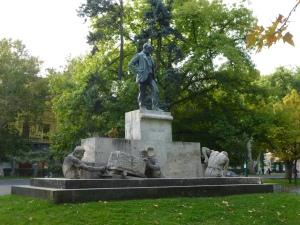 Statue of Lajos Tisza